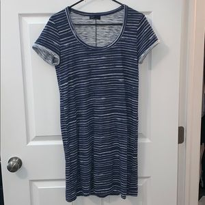 GAP blue stripe tshirt shift dress